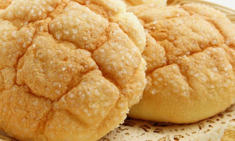 melon-pan-buns.jpg
